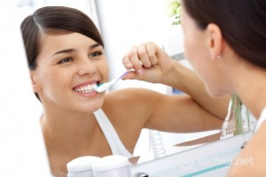 Fakta minum susu sebelum tidur bisa merusak gigi (cuteabis.com)
