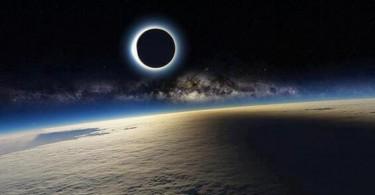 00 Gambar Utama (Foto tes.com)