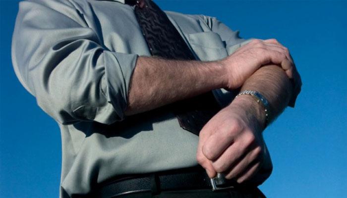 Kamu bisa fokus kerja keras saat sendirian (Foto: simplyhired.com)