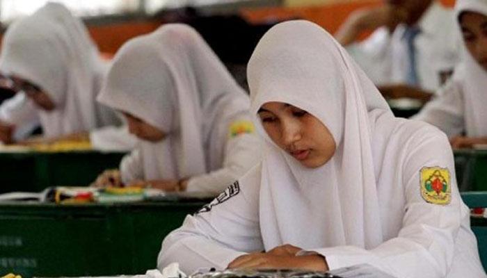 Peserta ujian nasional