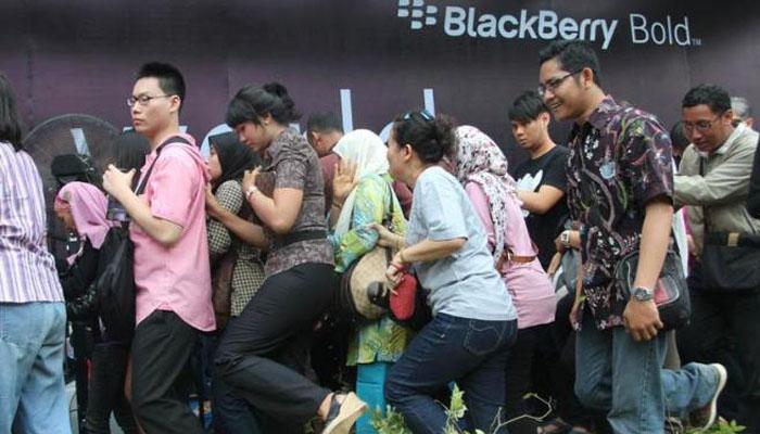 Kenangan Blackberry Antrian BB Bellagio